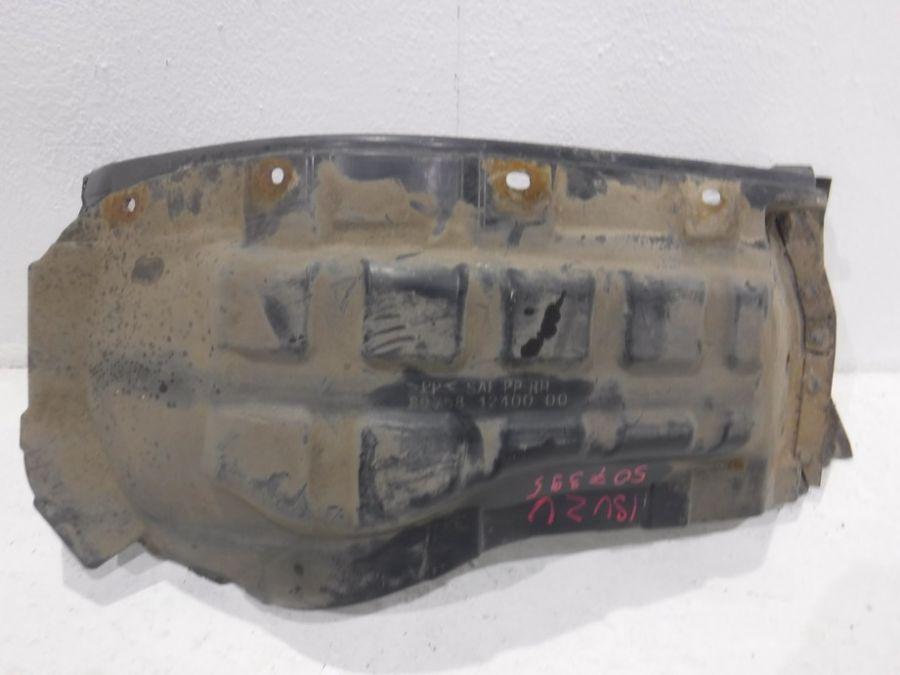 Подкрылок Isuzu NQR 1 1995-2005 897581240