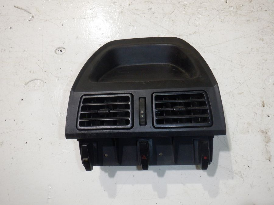 Дефлектор воздушный (салон)